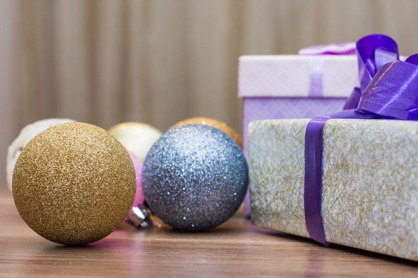 Ciekawe i sprawdzone pomysły na świąteczne prezenty